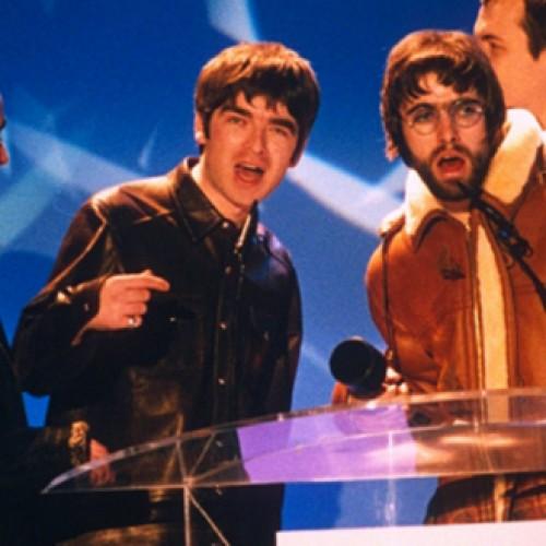 Kuo devyniasdešimtaisiais buvo ypatingi Brit Awards?