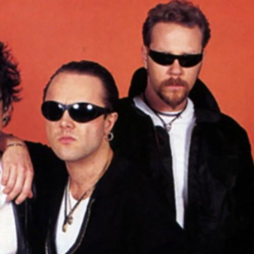 Laikai, kai Metallica nariai nusikirpo  plaukus