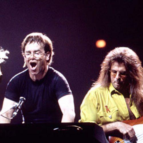 Kaip Eltonas Johnas susitvarkė savo gyvenimą