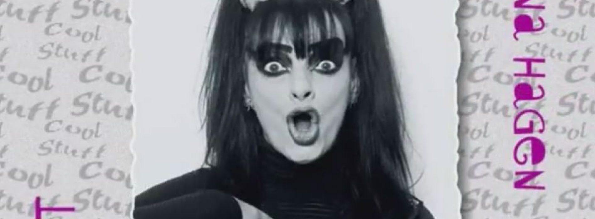 Trys 1995 metais moterų įrašyti albumai