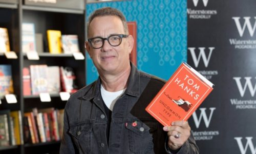 Kokią knygą išleido aktorius Tomas Hanksas