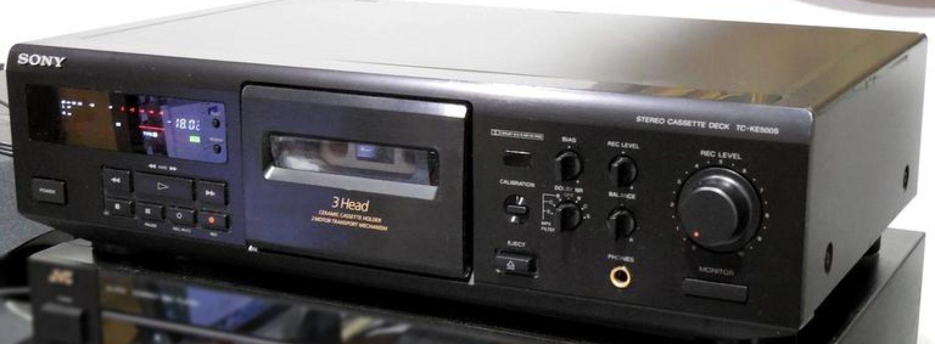 Kokios įdomios kasetės buvo išleistos 1996 metais?